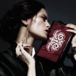 La haute couture sur-mesure et la maroquinerie française